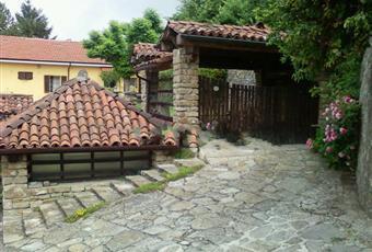 Il giardino è con erba Piemonte CN Perletto