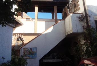 Casa di paese di 80 mq in vendita a Caserta