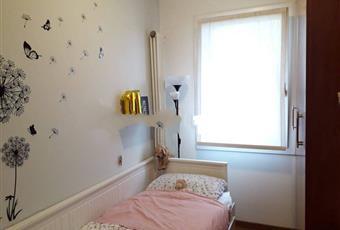 La camera è luminosa, il pavimento è di parquet Veneto PD Cittadella