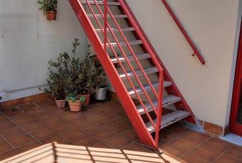 PARTICOLARE DELLA SCALA IN FERRO PER RAGGIUNGERE L'ATTICO Toscana LI Livorno