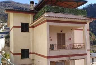 Quadrilocale in vendita in via delle Vigne, 44