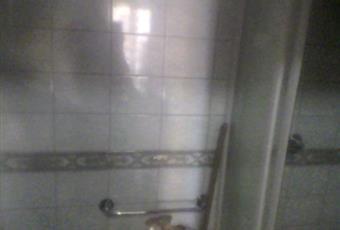 Bagno interamente ristrutturato da un anno. Servizi, box doccia e scaldabagno nuovissimi. Sicilia AG Porto Empedocle