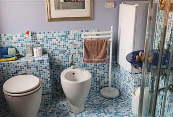altre due stanze da letto con sofà/letti matrimoniali ed extra bagno in camera Marche PU Pesaro