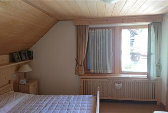 La camera è luminosa con la presenza di 2 finestre e bagno in camera Trentino-Alto Adige BZ Ortisei