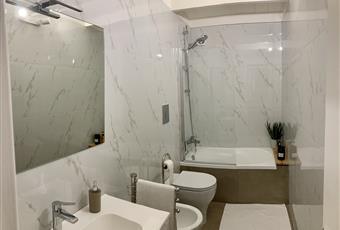 bagno camera da letto principale con vasca Campania NA Napoli