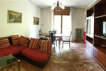 Il pavimento è piastrellato, il salone è luminoso Veneto VE Venezia