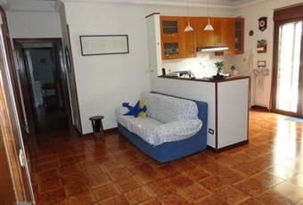 Il pavimento è piastrellato, il salone è luminoso Lazio RM Monte Porzio Catone