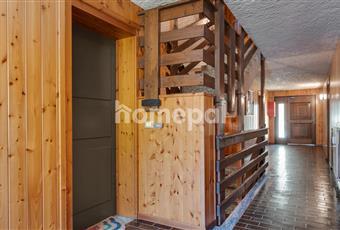Taverna condominiale con armadio personale per riporre il materiale sciistico. Trentino-Alto Adige TN Dimaro