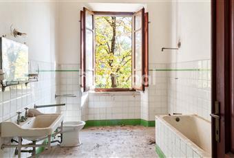 Bagno con ampia finestra Marche PU Sassocorvaro