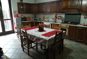 Il pavimento è piastrellato, la cucina è luminosa Piemonte CN Pocapaglia