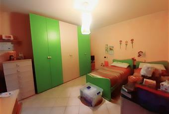 Camera da letto , il pavimento è piastrellato Piemonte TO Vigone