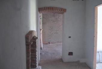 Rustico in costruzione