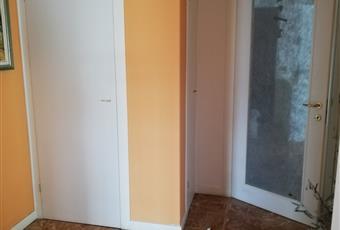 La camera è luminosa, il pavimento è di parquet Emilia-Romagna RE Bibbiano