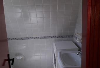 ingresso soggiorno, cucina, bagno, scala zona notte Puglia FG Peschici