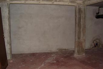 Il pavimento è piastrellato Lazio RM Roma