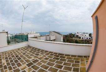 Terrazzone con vista mare eventuali grigliate Puglia BR Carovigno