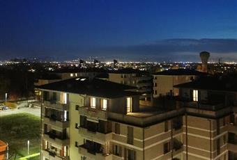 Grande terrazza con vista Ghirlandina e colline Emilia-Romagna MO Modena