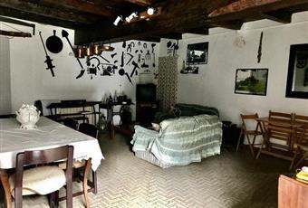 Il salone è con travi a vista Emilia-Romagna PR Borgo Val di Taro