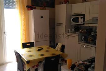Il pavimento è di parquet, il pavimento è piastrellato, la cucina è luminosa Puglia BR Brindisi