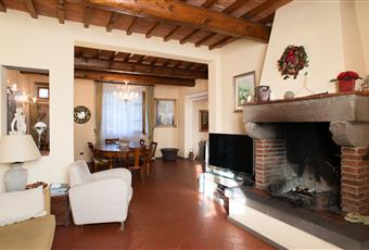 Foto SALONE 3 Toscana PO Carmignano
