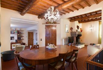 Foto SALONE 5 Toscana PO Carmignano