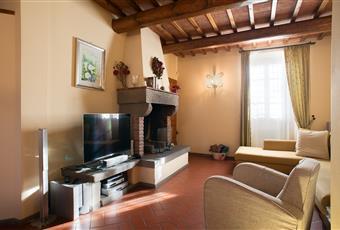 Foto SALONE 2 Toscana PO Carmignano