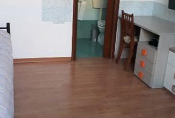 Il pavimento è di parquet, la cucina è luminosa, la camera è luminosa Piemonte AL Valenza