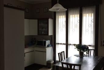 Il pavimento è piastrellato, la cucina è luminosa Piemonte AT Castell'Alfero