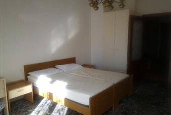 Camere singole servitissime in prestigioso appartamento