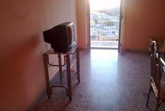 Il pavimento è piastrellato, il salone è luminoso Puglia BT Canosa di Puglia