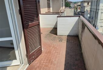 Ampio salone con balcone , possibilità di ricavare la 3 camera  Emilia-Romagna RE Brescello