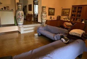 Il pavimento è di parquet Piemonte AL Castelletto Monferrato