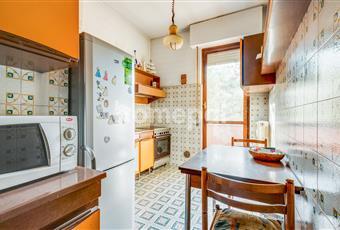 La cucina è abitabile e è dotata di balcone.  Lombardia MB Monza
