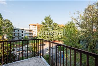 Vista da uno dei 5 balconi della casa. Lombardia MB Monza