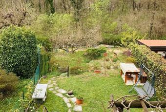 Il giardino è con erba Lombardia CO Lipomo