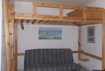La stanza è spaziosa,luminosa con finestra sul cortile Sardegna CI Carloforte