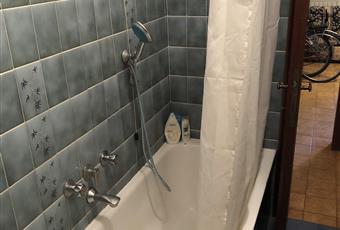 Il bagno è con  Toscana LU Viareggio