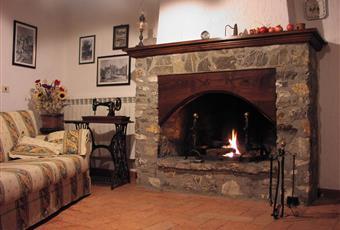 Foto SALONE 6 Toscana GR Semproniano