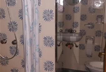 Piccolo bagno con doccia Piemonte AL Voltaggio