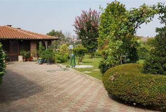 Il giardino è con erba Piemonte AL Quattordio