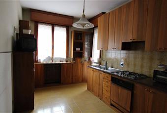 Il pavimento è piastrellato, la cucina è luminosa Emilia-Romagna MO Modena