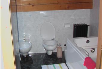 bagno padronale a piano mansardato con jacuzzi Valle d'Aosta AO Gressoney-La-Trinitè