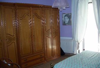 Il pavimento è di parquet, la camera è luminosa Piemonte AL Carezzano