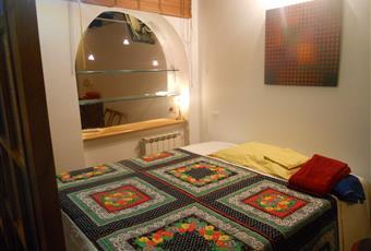 stanza da letto con accesso diretto al secondo bagnetto Lazio RM Roma