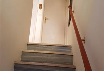 scala per accedere alla camera da letto con bagno e al sottotetto Abruzzo PE Loreto Aprutino