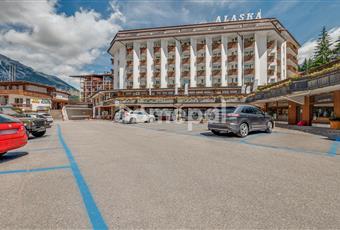 L'esterno dell'hotel Veneto BL Cortina d'Ampezzo