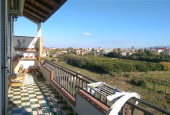 Balcone lato monte di circa 15 m2 adibito in parte a servizi Sicilia ME Barcellona pozzo di Gotto