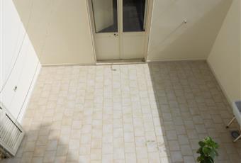 terrazzino interno con pilozza, doccia e piccolo ripostiglio Puglia LE Castrignano del capo