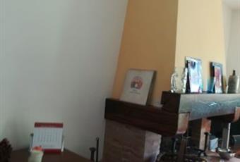 Il pavimento è di parquet, il salone è luminoso Toscana PO Poggio a Caiano