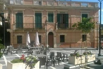 Piazza Pozzo Giampilieri Fabbricato appartamento in affitto